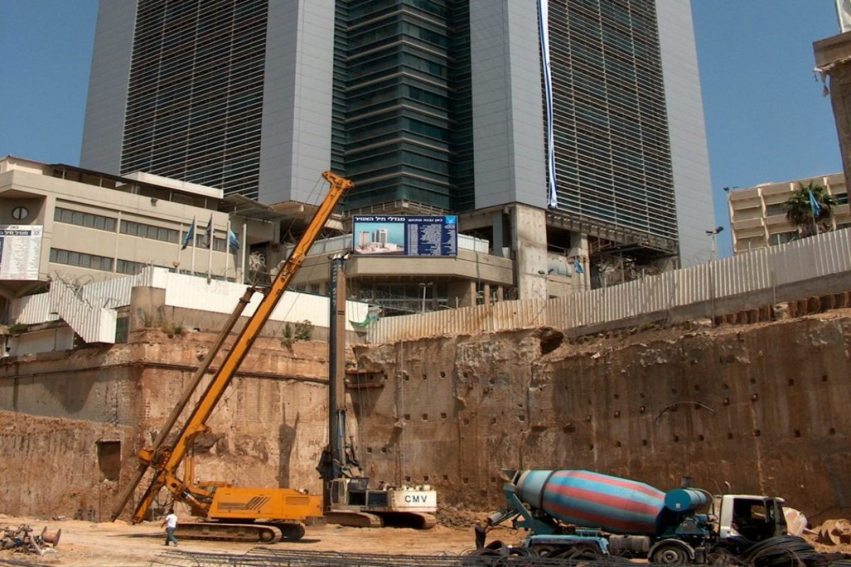Canarit Tel-Aviv - chemical anchor resin CT50Pro & concrete screw BT