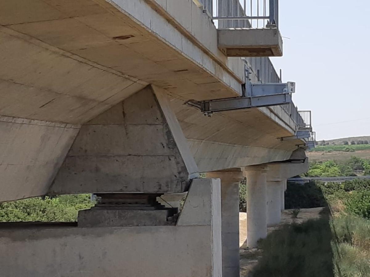 Bridge 9 Railway - chemical anchor AC100Pro & Concrete Screw BT