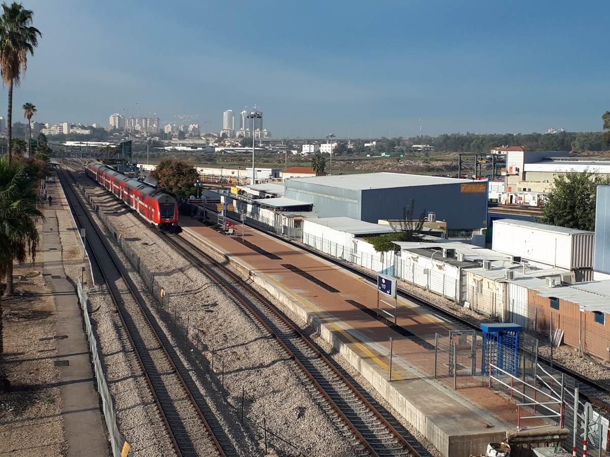 railway jerusalem - chemical anchors, wedge anchor. nylon anchors